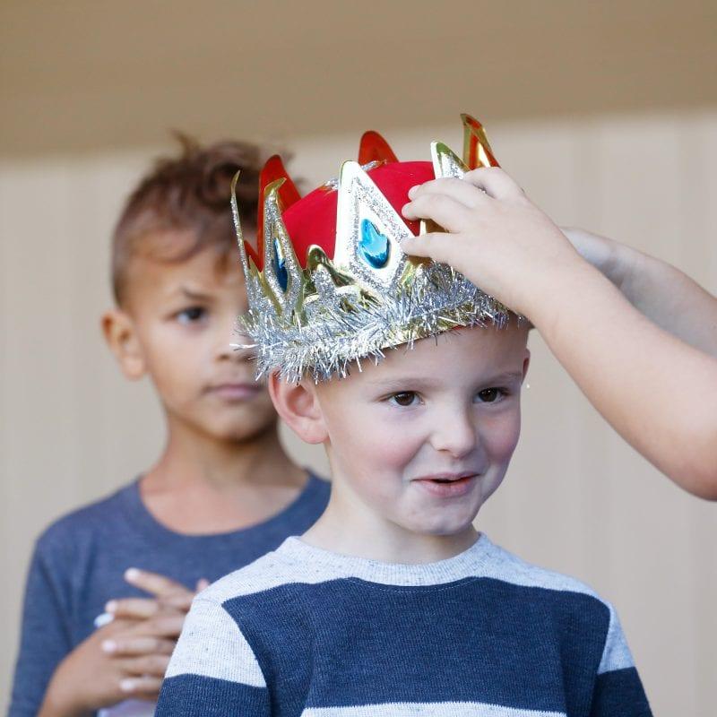 the junior king winner being crowned